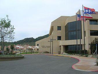 Graziadio Business Center in Pepperdine     La Pepperdine University dispone de instalaciones perfectas para realizar un programa de inglés y actividades con una ubicación inmejorable:  Malibú,  California.      #WeLoveBS #inglés #idiomas #Malibu #California #CA #EstadosUnidos #EstatsUnits #USA