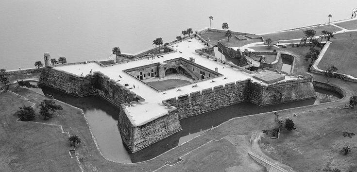 Castillo de San Marcos - St. Augustine, FL--WIKI