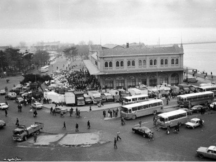 Kadıköy Haldun Taner Sahnesi 1970'ler.