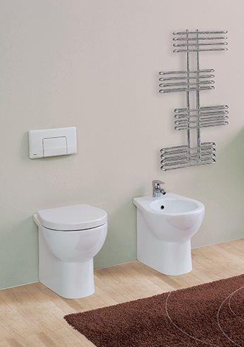 Vaso e bidet a terra filo muro #arredamento #bagno