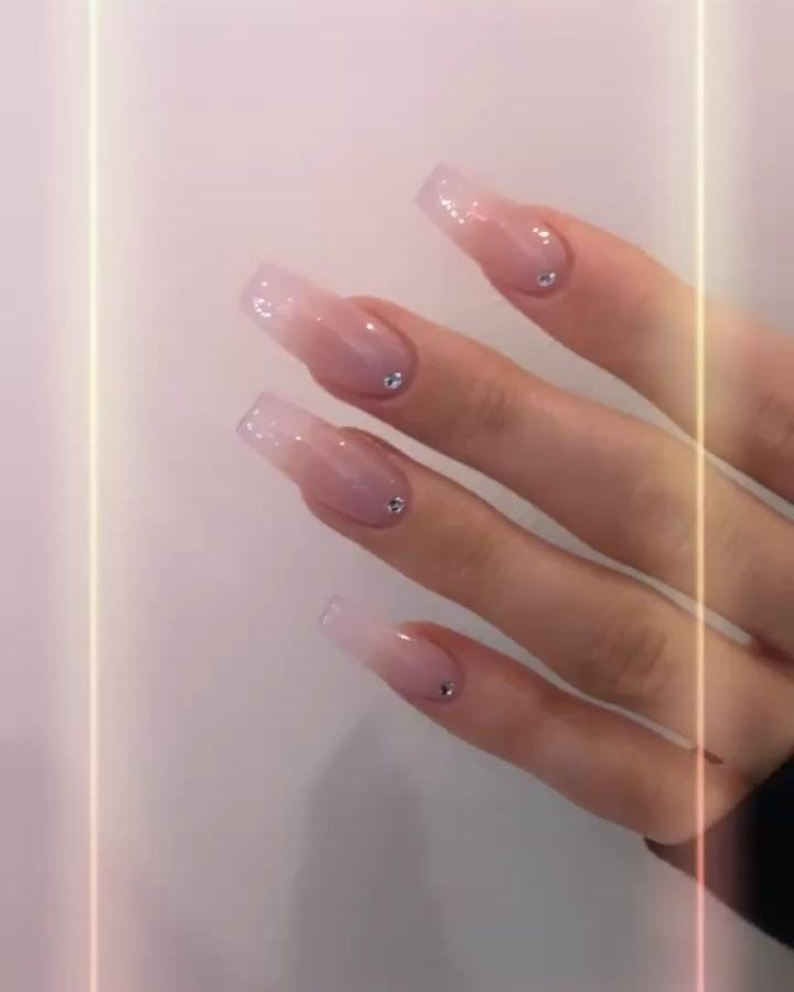 Modern Pamper Salon On Instagram 2019 Simplicity Kyliejenner Design Modernpampersalon 8189851929 Appoi Les Nails Ombre Nail Designs Acrylic Nails