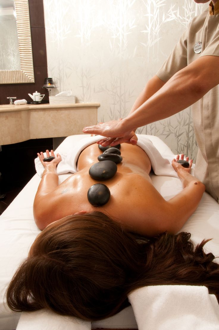Hot stone massage. Treat yourself to a little pampering from Beauty.com.