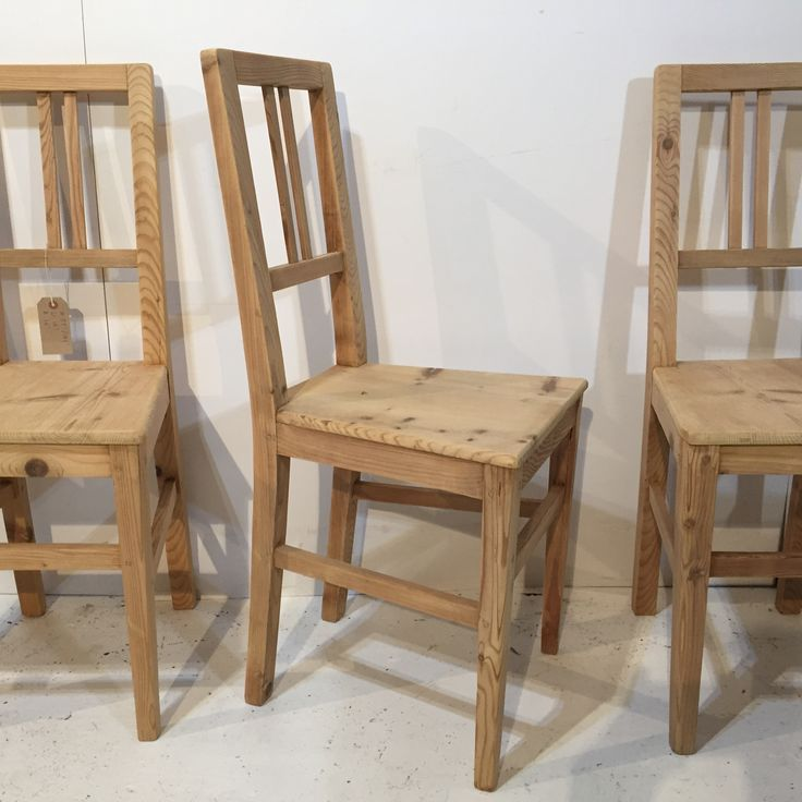 Set Of 4 Antique Pine Chairs (R3900B)