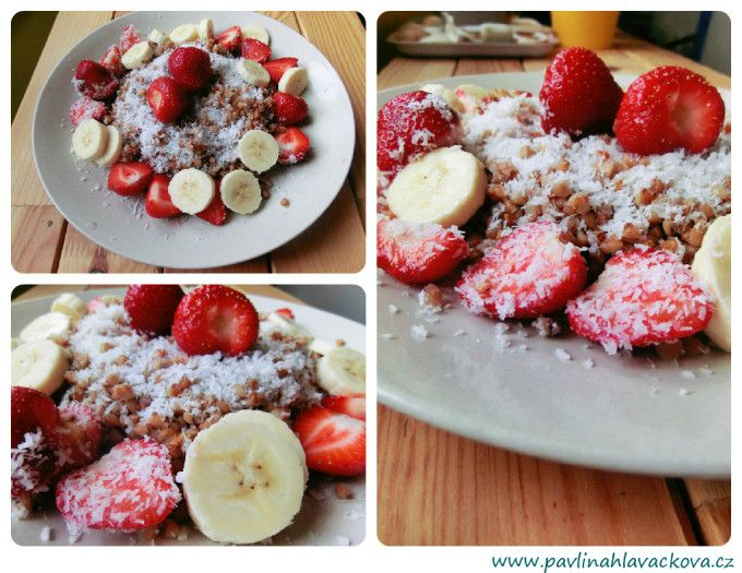 Kokosová pohanka s banánem a jahodami Coconut buckwheat with banana and strawberries
