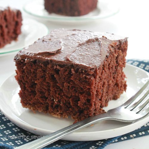 Box chocolate cake with mayonnaise recipe