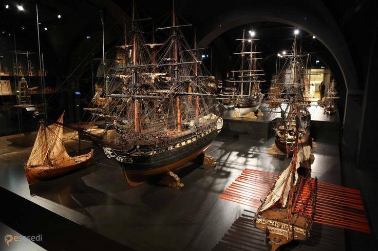 Музей судоходства – #Нидерланды #Северная_Голландия #Амстердам (#NL_NH) Музей судоходства в Амстердаме.  ↳ http://ru.esosedi.org/NL/NH/1000229669/muzey_sudohodstva/