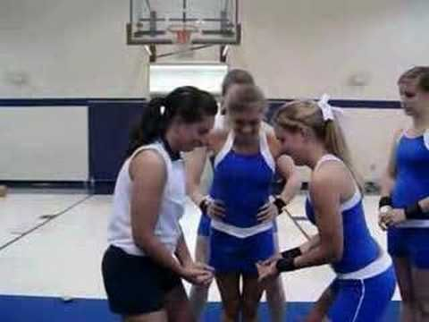 Cheerleading Stunt: Milk The Cow (hitch to half, hitch to full)