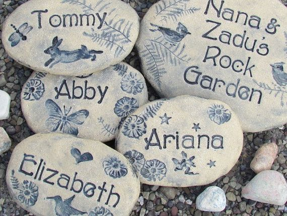 Personalized Garden stones ~ Unique Custom signs, Grandparent gift, Family gift ~ Plant markers, rocks ~ Outdoor Spring Garden Decor