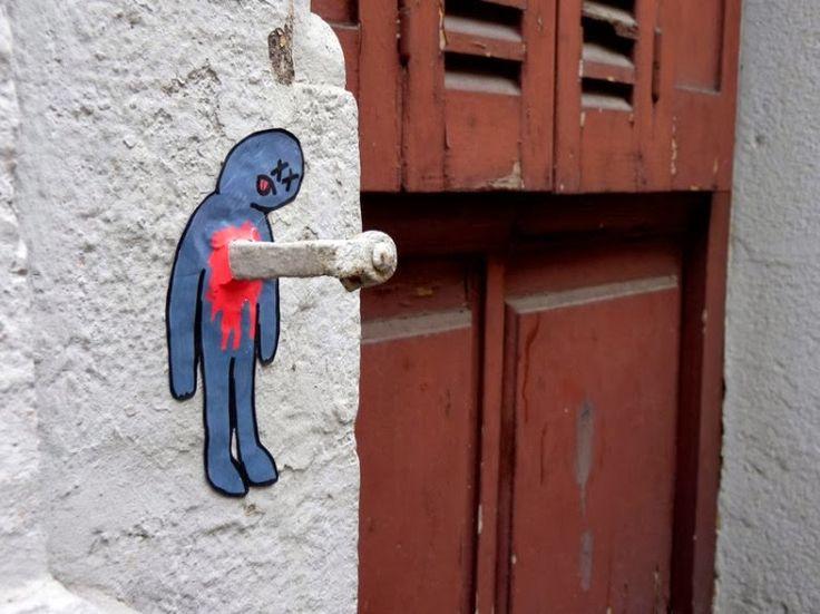 StreetArt101 : 5 incredible funny street art works by french artist OakOak