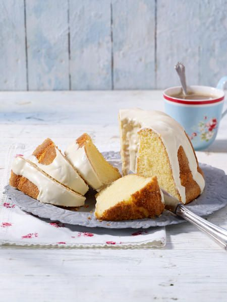 Mandeln oder Amaretto? Nichts dergleichen! Dieser Marzipan Kuchen besteht aus…