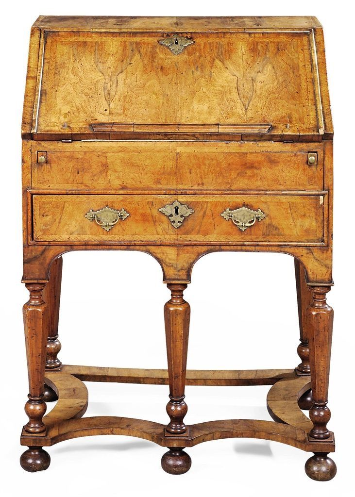 William And Mary Burl Walnut Veneers Writing Desk C 1700 Fine Antique Furniture English Furniture Style Beautiful Furniture