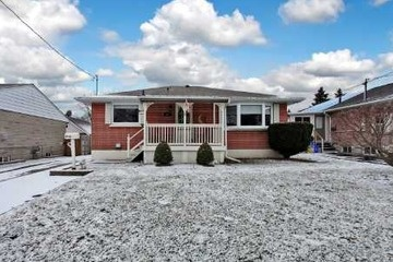 Detached - 3+1 bedroom(s) - Whitby - $387,000