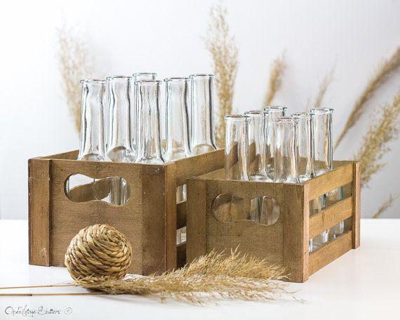 Nuestro cajón de madera Unique es hecho a mano y decorada con botella de agua. El toque de diseño y técnica que utilizamos es mediante la