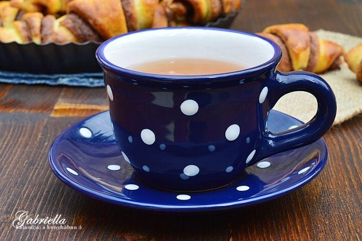 Magyar kézműves kerámia teás csésze + csészealj