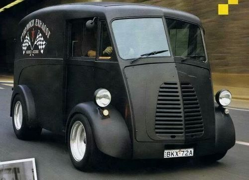 Morris J-type van is pure evil.                                                                                                                                                                                 Plus