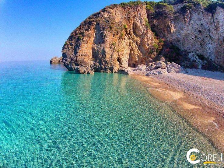 Η Παραλία Στελάρι αποτελείται κυρίως από βοτσαλάκι. Είναι μια ερημική παραλία με πεντακάθαρα νερά και η πρόσβαση γίνεται μόνο με σκάφος. Φροντίστε...