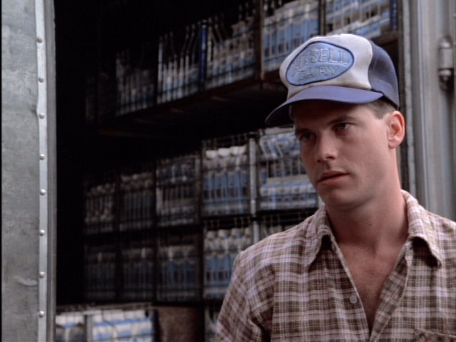 """Bill Paxton used to always play a good redneck.(""""Impulse"""", 84)"""