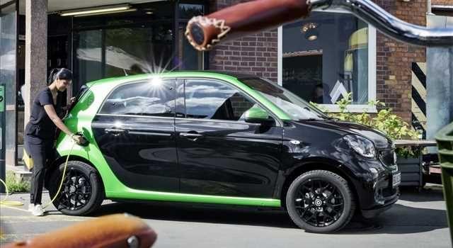 Smart Forfour Electric Drive MY 2017: immagini ufficiali - Immagine 2 - Anteprime - Motori.it