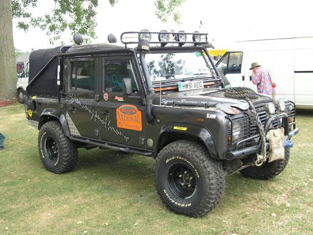 land rover defender 110 double cab pick up modified. Black Bedroom Furniture Sets. Home Design Ideas