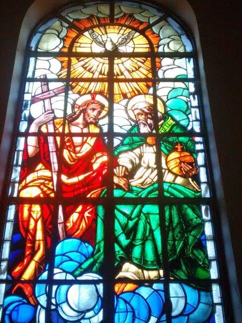 La Santidima Trinidad, Padre - Hijo - Espiritu Santo ... Vitral Iglesia del Carmen en Barranquilla