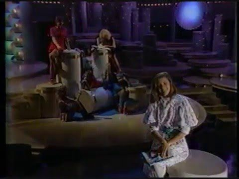"Moon Zappa ""Valley Girl"" Solid Gold 1982.flv"