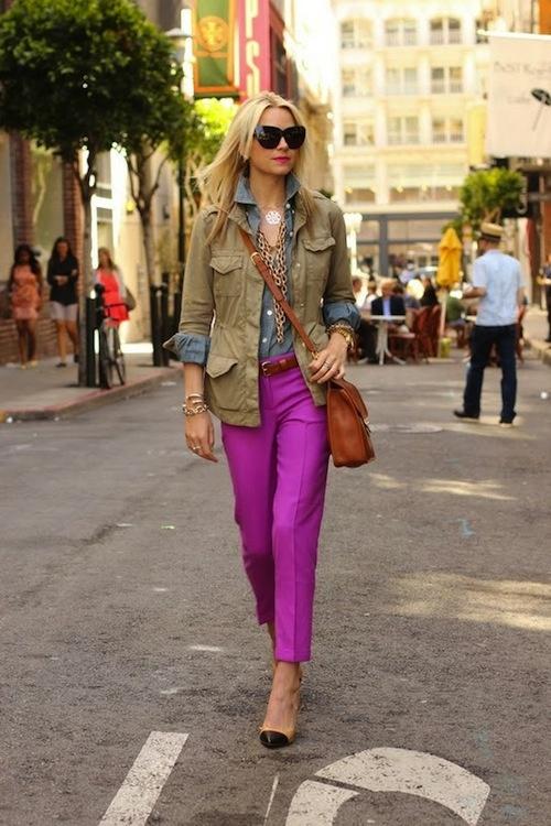 Fuchsia purple pants (or pink pants), olive cargo jacket, chambray top, tan belt, tan bag