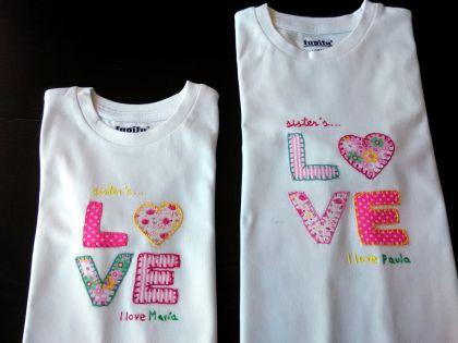 Camisetas con aplicaciones en tela