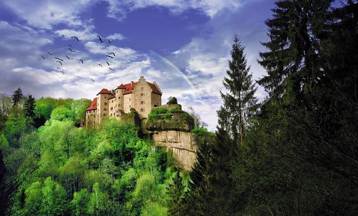 9 best blankenstein castle images on pinterest castle for Design hotels bayern