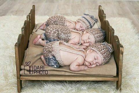 Что на счёт порции позитива после трудового дня? Эти тройняшки не могут не радовать!! #newborn_folk ---- #newbornforum2016 #newborn #newbornkazan #фотореквизит #ньюбонказань #ньюборнреквизит #дети#мамыказани #40недель #39недель #38недель #казань #казань
