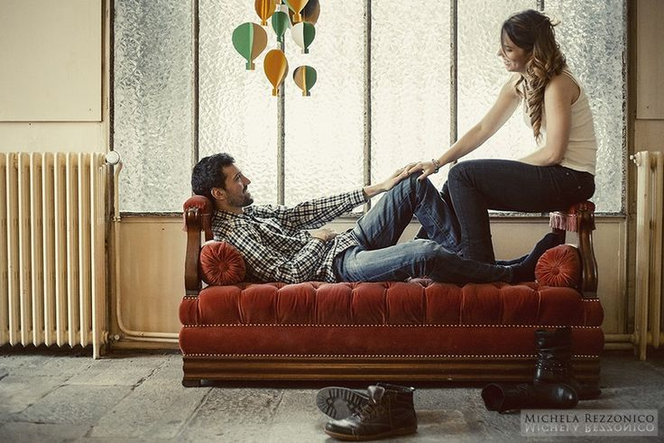 Sweet Home Engagement Photo - Engagement in Varese | Michela Rezzonico @fabiodaddante