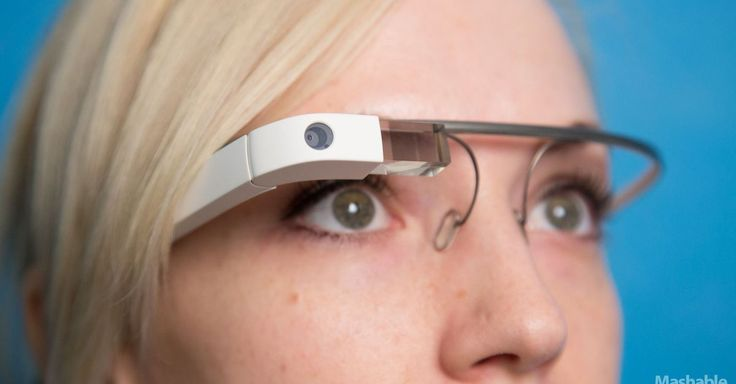 This is what Google Glass 2.0 looks like