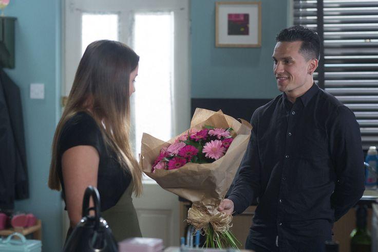 EastEnders: Lauren leaves Albert Square for good next week?