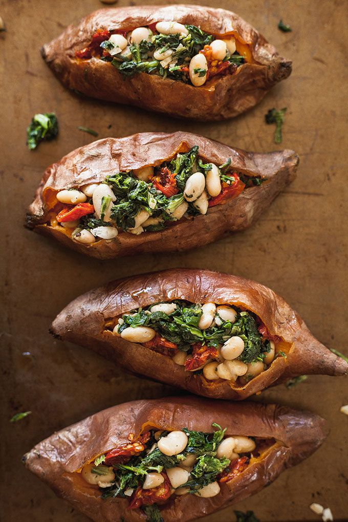 Vegan Stuffed Sweet Potatoes with Spinach and Whit…