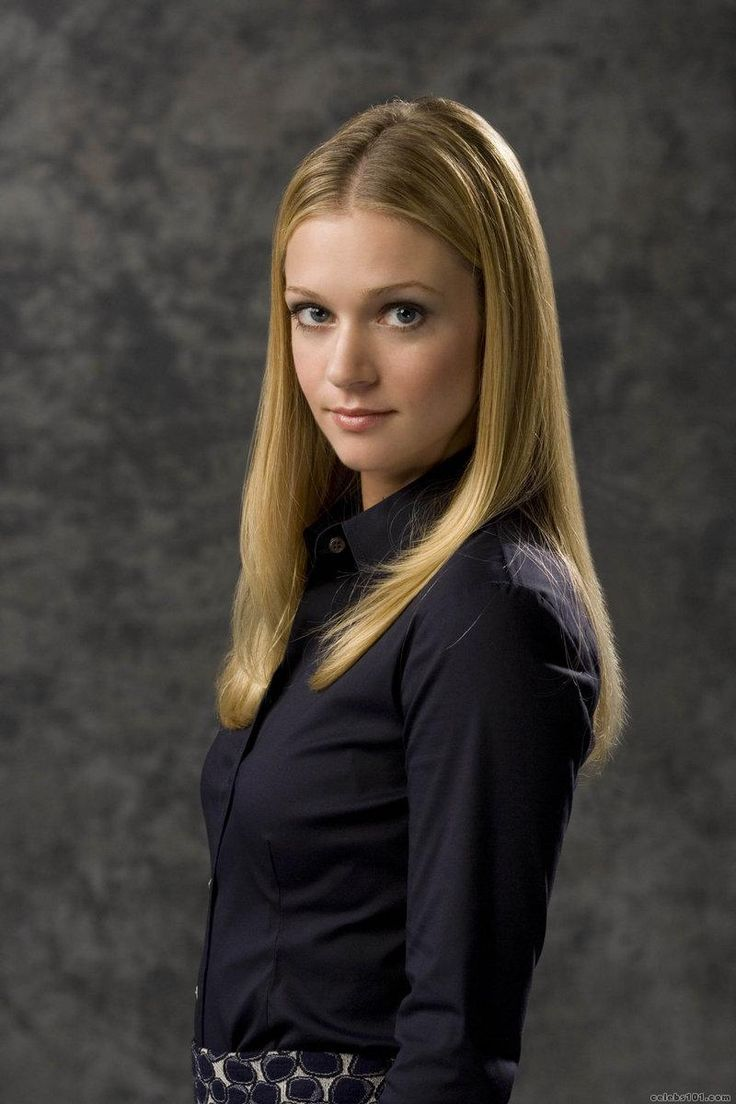 A.J. Cook -- JJ from Crim Minds