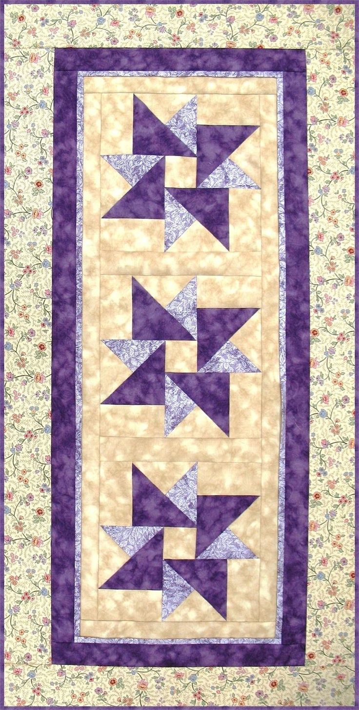 Table Runner Pattern, Wall Hanging Quilt Pattern - Twisted Star RGR-078e…