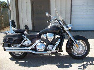 2006 Honda VTX1800N, WINDSHIELD,BACKREST W/DRIVERS BACKREST ALSO,BIG BORE POWER #USED #MOTORCYCLE