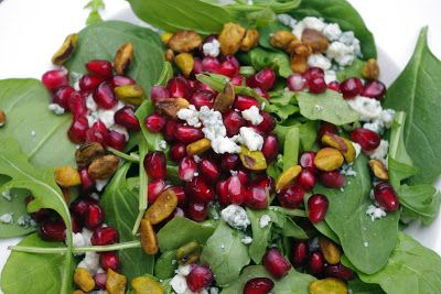 ... : Spinach Arugula Salad with Pomegranate, Blue Cheese and Pistachios