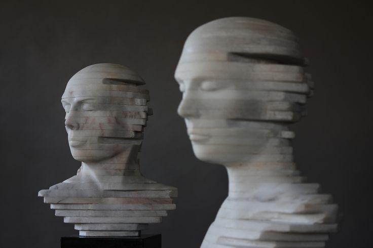 Escultura de Rogério Timóteo   Cabeças