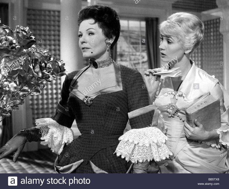 "movie, ""A Glass of Water"" (Das Glas Wasser), BRD 1960, director: Helmut Kaeutner, scene with: Hilde Krahl and Liselotte Pulver, Stock Photo"