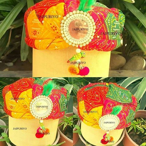 Our safa/pagdi boxes  Ideal for gifting sweets (ladoos/rasgullas/chocolate) and…