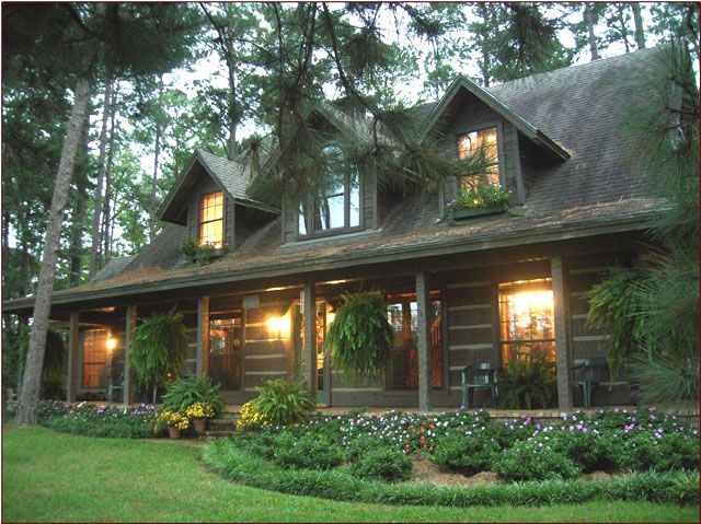 25 best ideas about log cabin exterior on pinterest log for Cabin builder texas