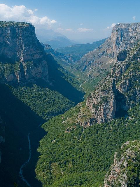Beloi Viewpoint, Zagoria by James Trickey, via Flickr