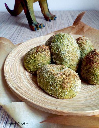 Ricette per bambini. Uova di dinosauro - deliziose polpette di broccoli cotte al forno