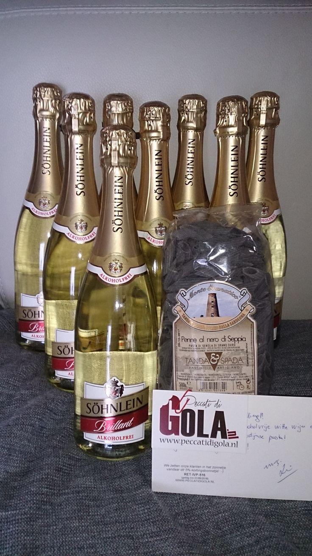 Heerlijke alcoholvrije mousserende wijn....kan ook Duits zijn :-)  8 flessen SÖHNLEIN BRILLANT Alcoholvrij met de beste pasta kwaliteit van Sardijnse producent Tanda & Spada. Alles richting Heteren!  http://www.peccatidigola.nl/wijn/mousserende-wijn-alcoholvrij/sohnlein-brillant-alkoholfrei-mousserende-wit-alcoholvrij-75cl