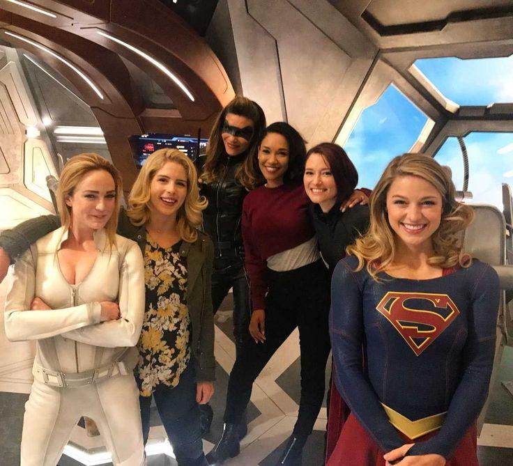 Supergirl, Flesh, Arrow e Legends of tomorrow  Melhor crossover.