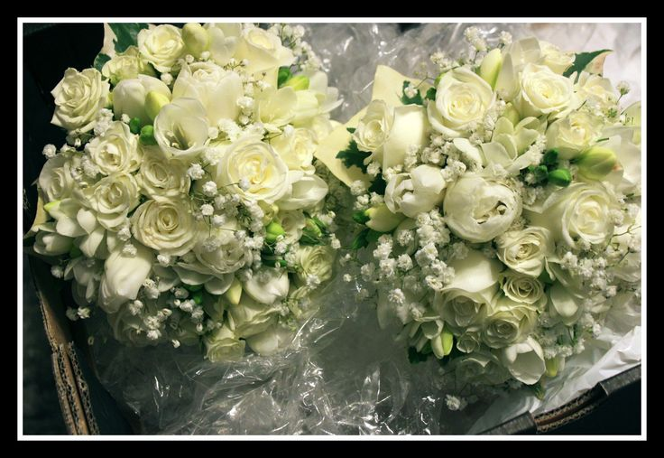 http://floralicious.wordpress.com/ Bridesmaids Bouquets