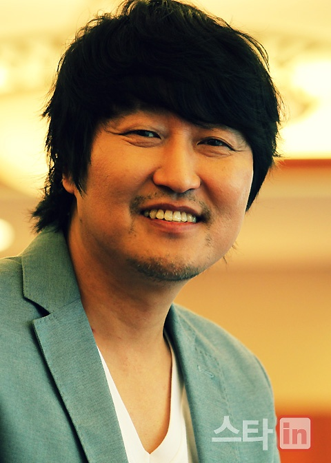 Kang-ho Song ~ this guy is so awesome, one of the best South Korean actors