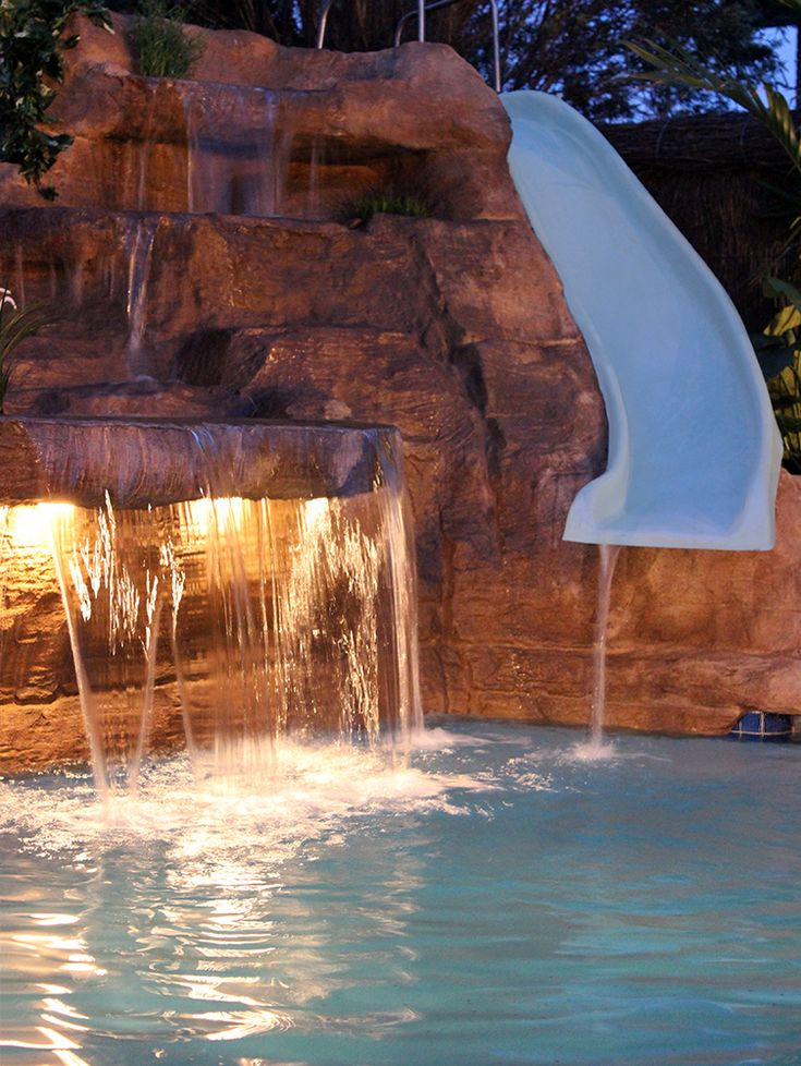 9 best interior water features images on pinterest for Artificial waterfalls design