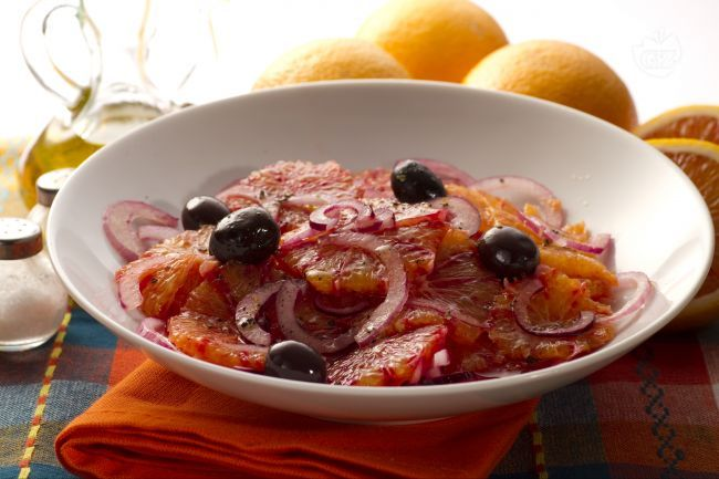Questa ricetta, tipicamente Siciliana, è particolarmente delicata e gustosa, ed è ideale da proporre sotto il periodo natalizio, per dare un tocco di orginalità ed eleganza alla tavola.