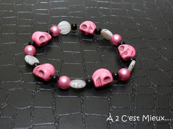 Pink skull par Creationa2cmieux sur Etsy, $10.00